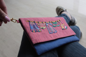The Clothesline 5 - SOLDMaterial : denim and linen Colour : pink and blue with yellow lining Length : 20cm Height : 13cm